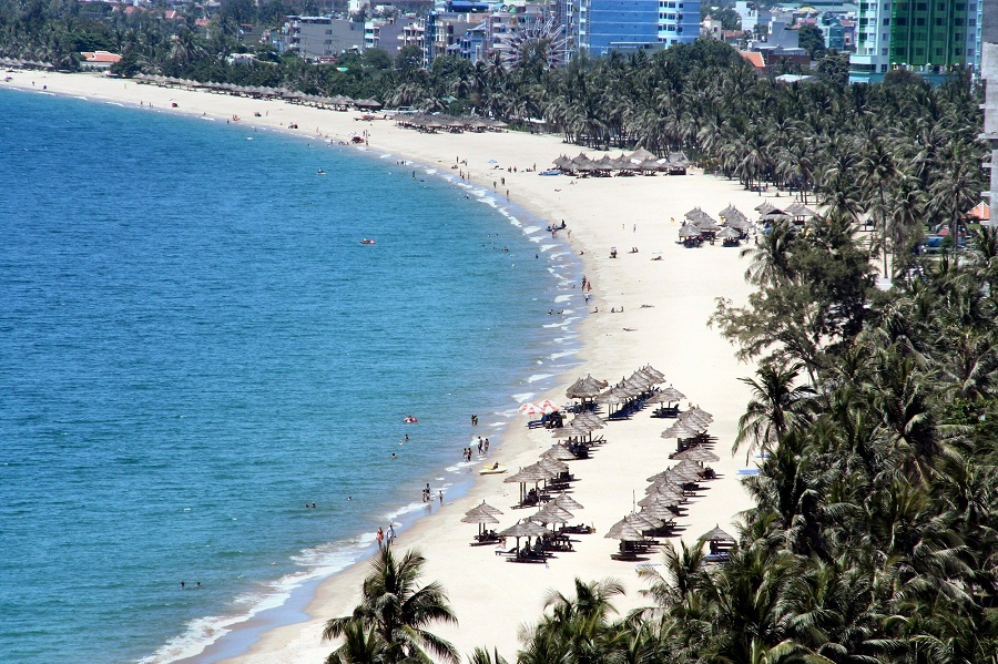 <p>My Khe Beach </p>
