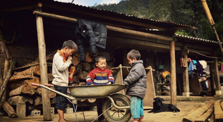 Sapa tour 3 days 2 nights - Cat Cat village
