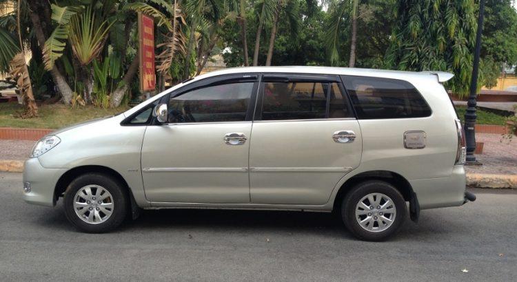 cần thuê xe 7 chỗ có lái tại Hà Nội