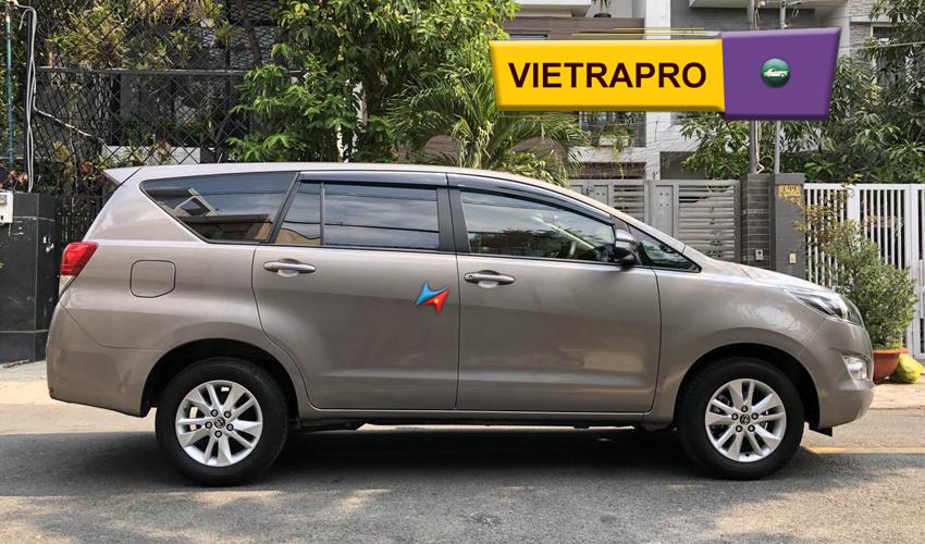 Cho thuê xe innova tại hà nội giá rẻ có lái Vietrapro