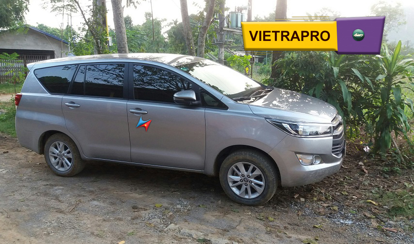 Dịch vụ cho thuê xe innova tại hà nội Vietrapro