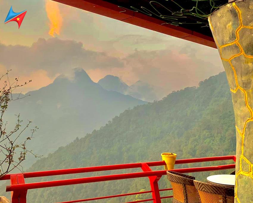 View đẹp từ quán cafe cổng trời